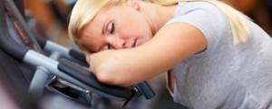 mulher-dormir-ginasio-620x250